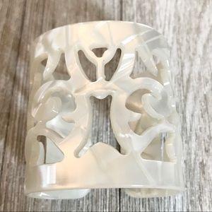 Jewelry - Faux pearl cuff bracelet - small ☀️ boho chic!